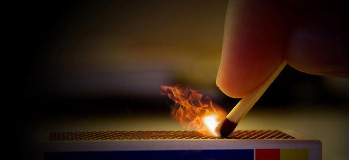 放火罪の刑罰の重さ|失火罪との...