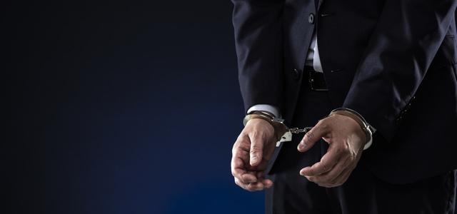 公然わいせつ事件で弁護士に相談すべきパターン
