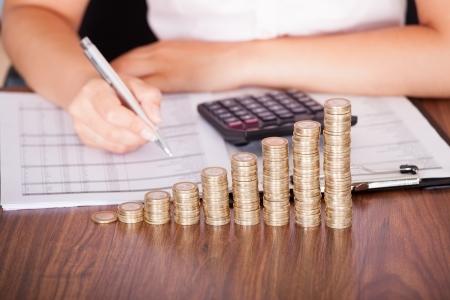 保険料の改定は年1回だけじゃない!算定基礎と月額変更の必要性と基本