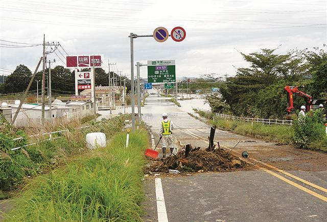 常磐自動車道水戸北スマートIC付近の国道123号