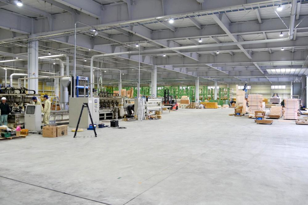 ウッドリンクの新パネル工場引きの写真1