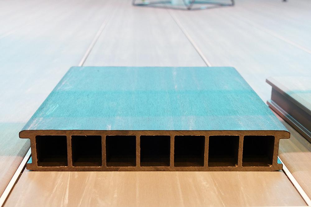 床板の断面