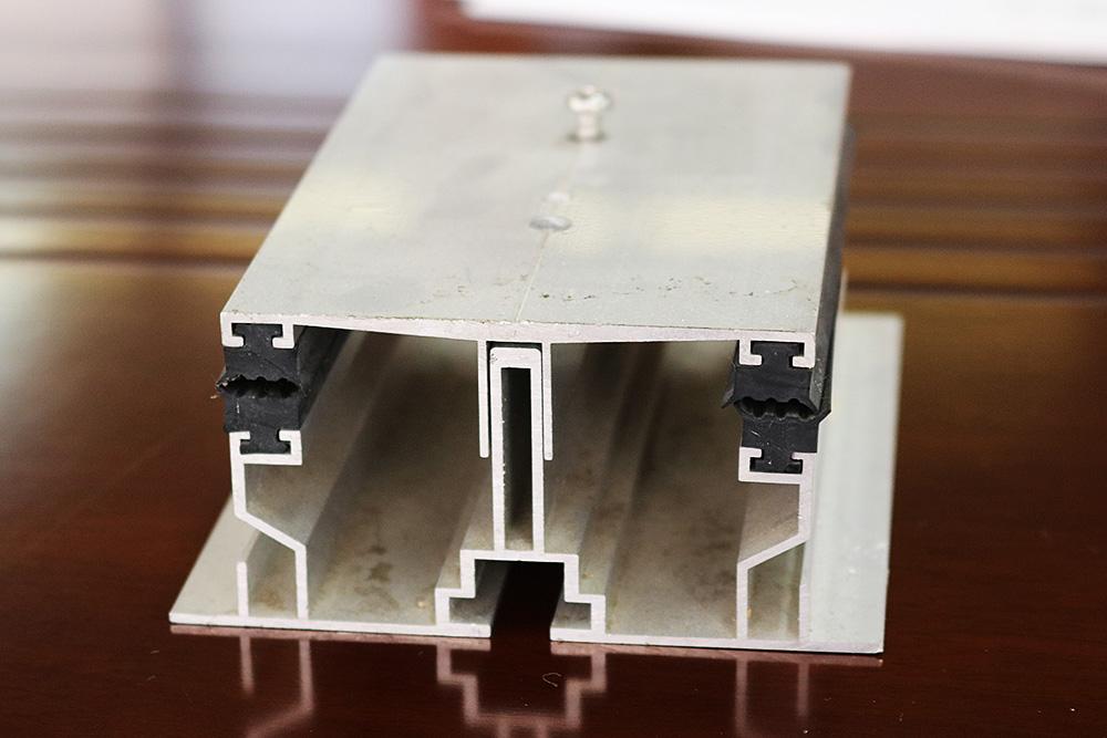 SoR-E : 専用の構造材