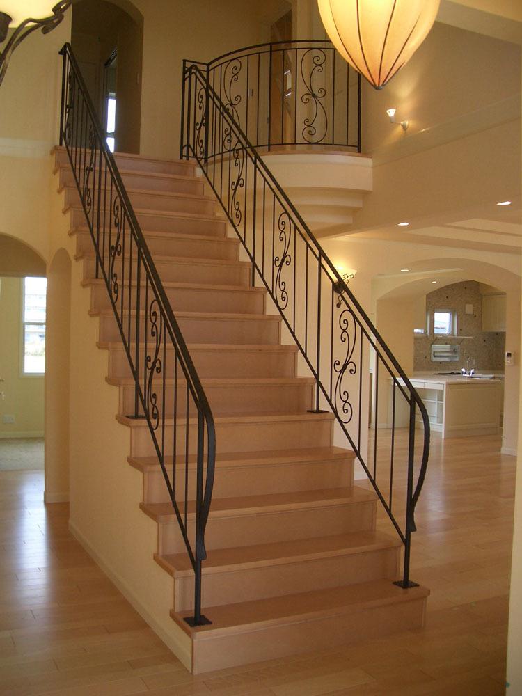 株式会社ナルディック : 施工事例 室内階段手摺