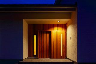 大和屋木製玄関引き戸 施工例2