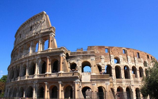 石を使った建築 コロッセオ