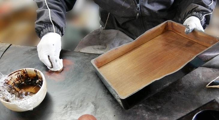 拭き漆の工程