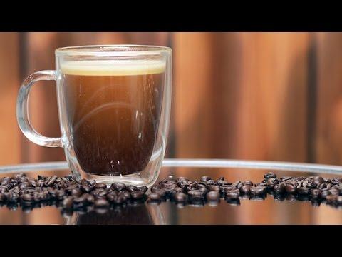 朝のエネルギー補給、防弾コーヒー!