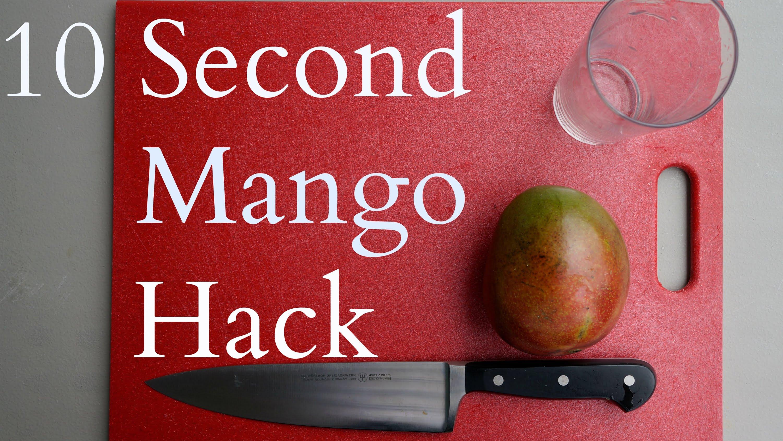 「つるんと簡単☆マンゴーの高速皮むき」- Fastest Way to Skin a Mango: 10 Sec Mango Hack
