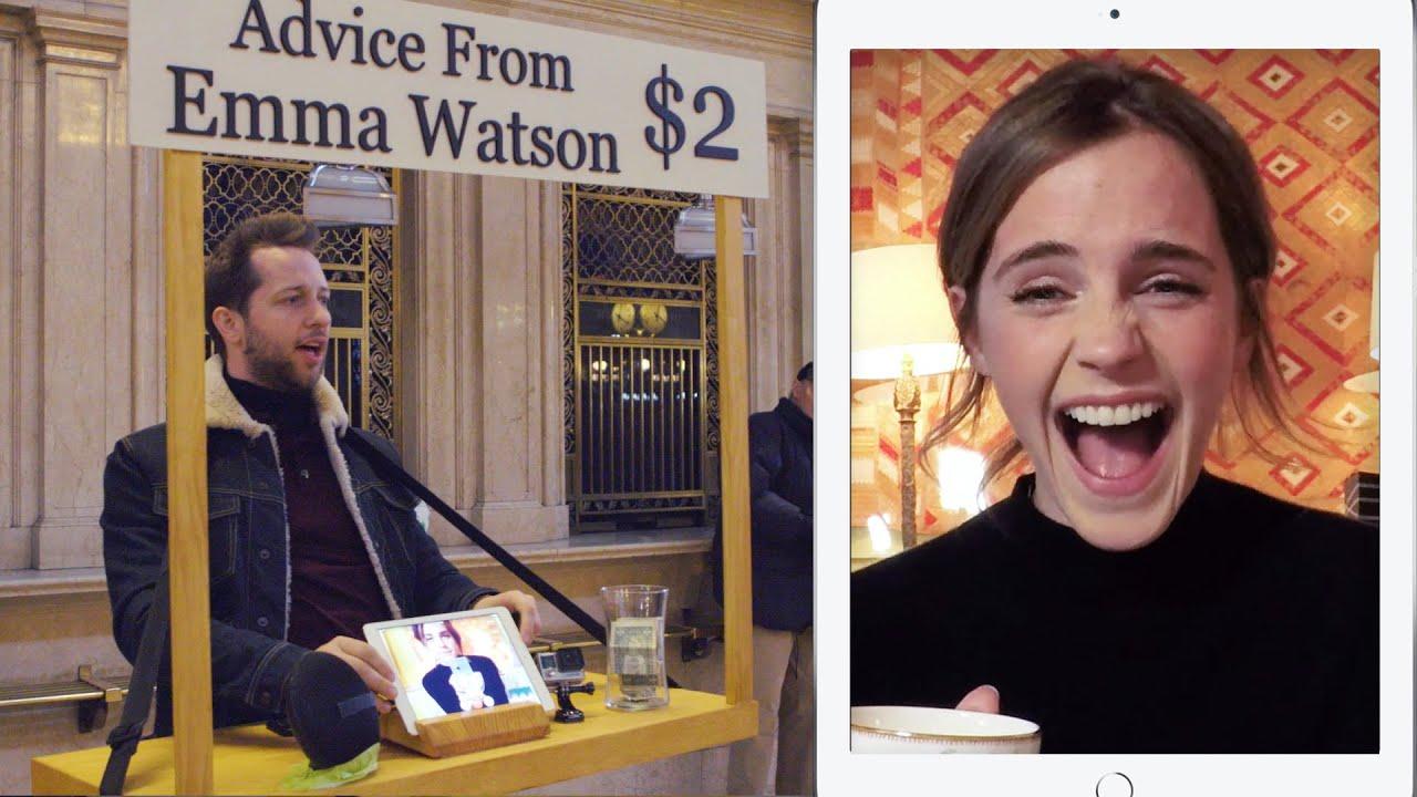 「2ドルでエマ・ワトソンにアドバイスをもらおう!」- Emma Watson Gives Strangers Advice for $2 at Grand Central