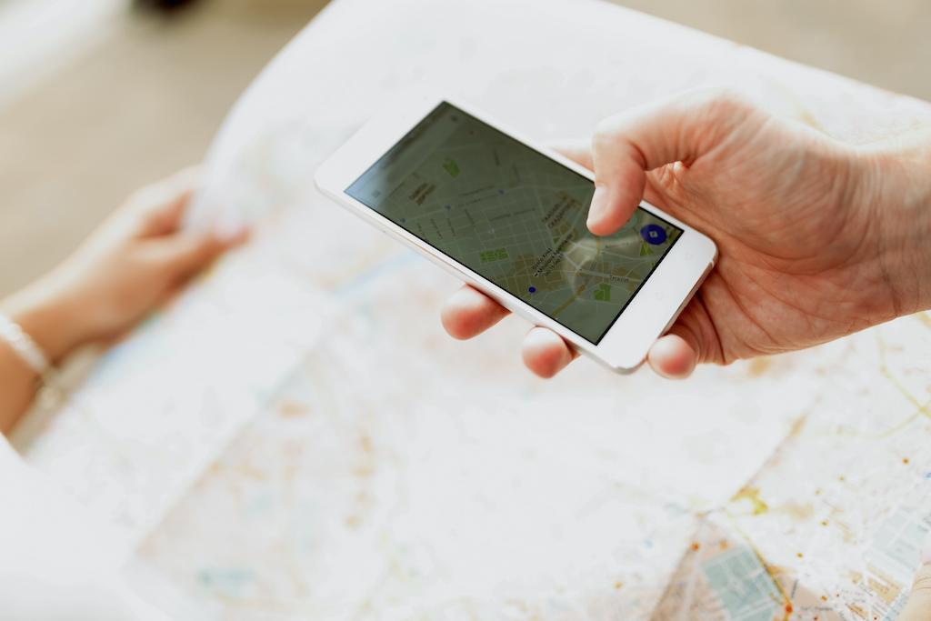Apple IDがあれば無料ですぐに登録できる!Apple Mapsにお店や企業情報の登録方法