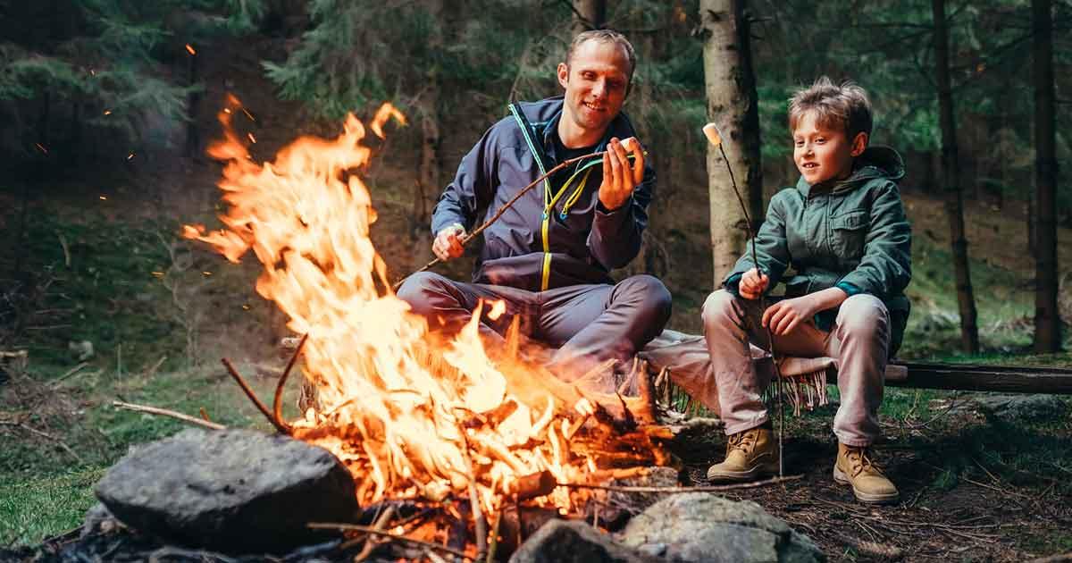 キャンプなどの自然体験によって、子どもは成長する。