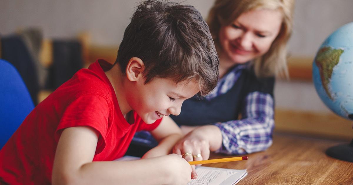 夏休みの宿題をする子どもにかけるべき言葉2