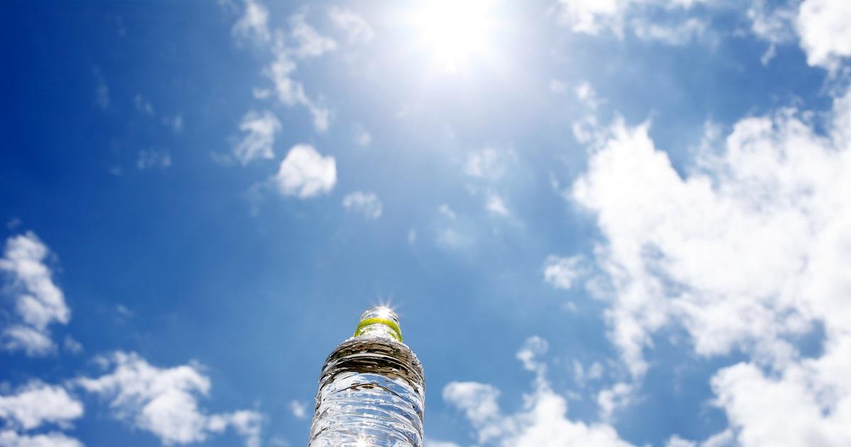 コップの水はどこへ消えた? 水の蒸発スピードを調べる実験方法【小学生の自由研究(理科)】
