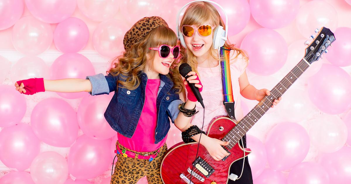 楽器を習うと英語力が上がる? 英語を学ぶと音楽が得意に? 音楽と外国語の深い関係