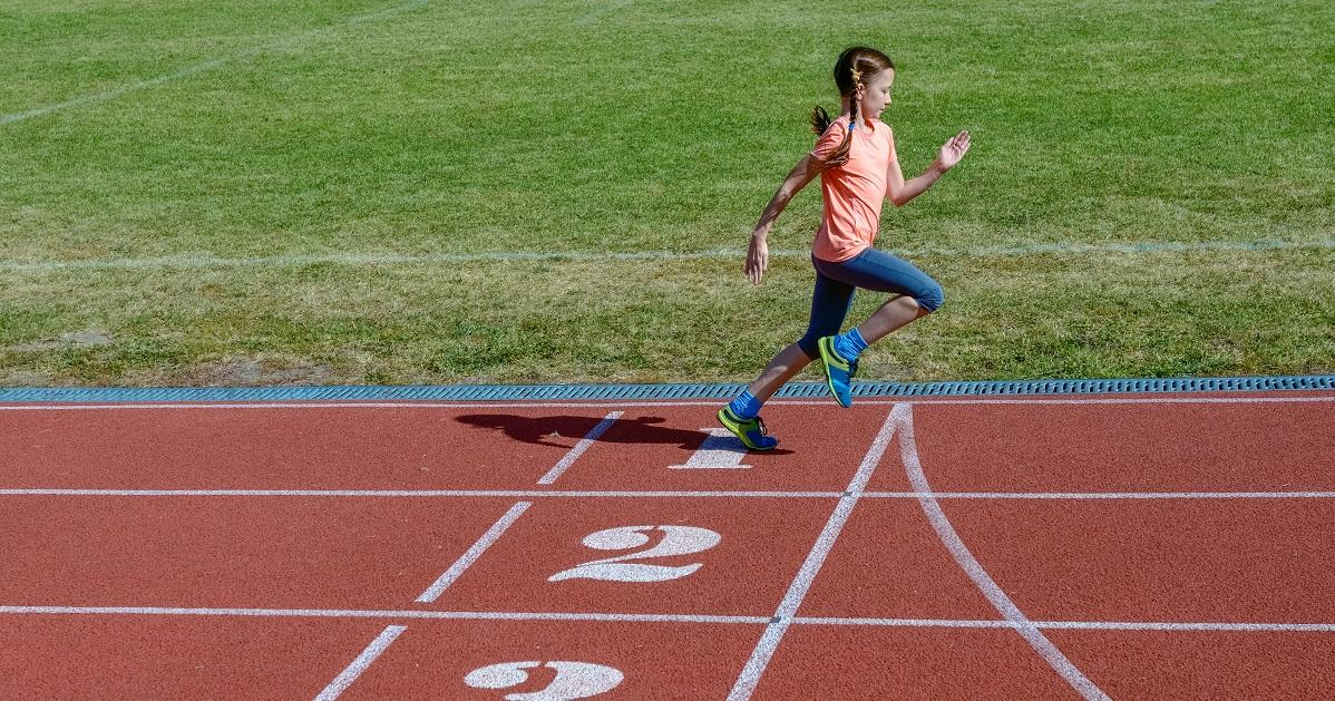 100m元日本代表が教える! 今よりもっとかけっこが速くなる「走り方のコツ」