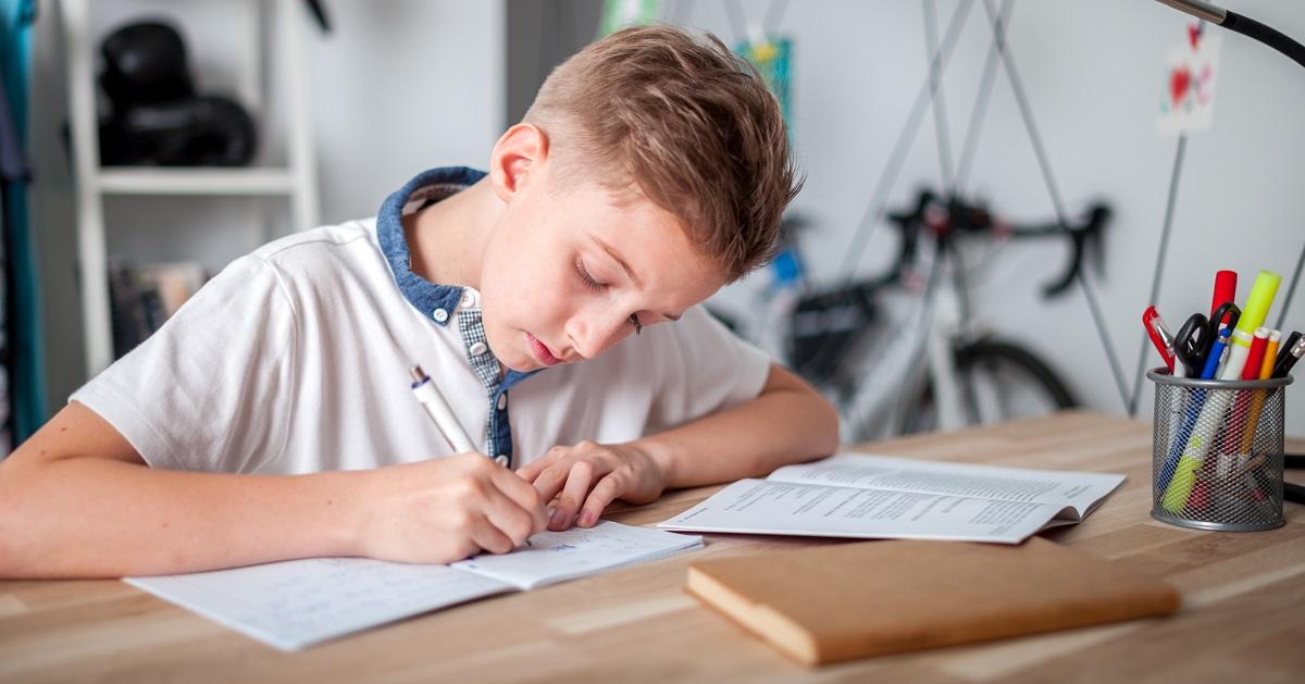 遊んでいる子どもを叱るのはNG!? 「集中力」を作り出す、たった2つの方法とは