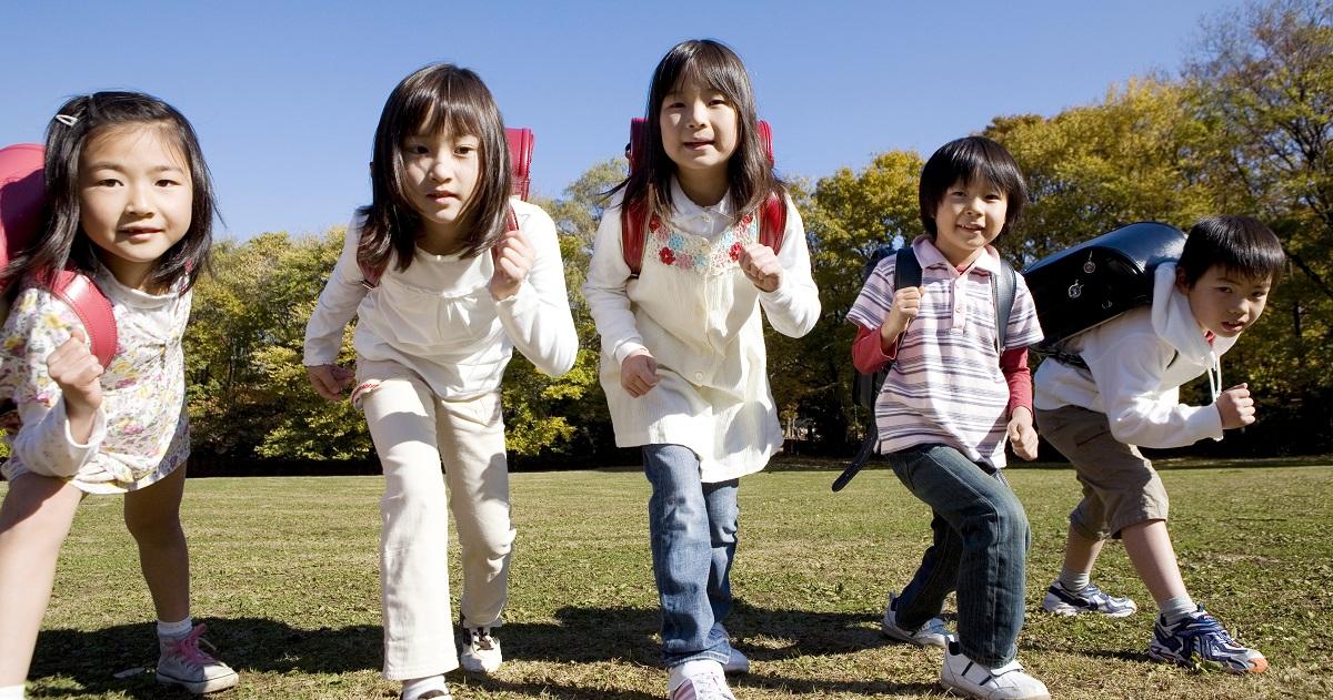 運動オンチは遺伝しない! 子どもの身体能力向上のために、運動が苦手な親でもできること