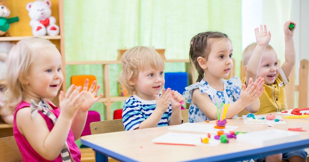 """子どもをぐんぐん伸ばす「早期教育」の意外なデメリット。危険なのは親同士の""""ライバル心""""!?"""