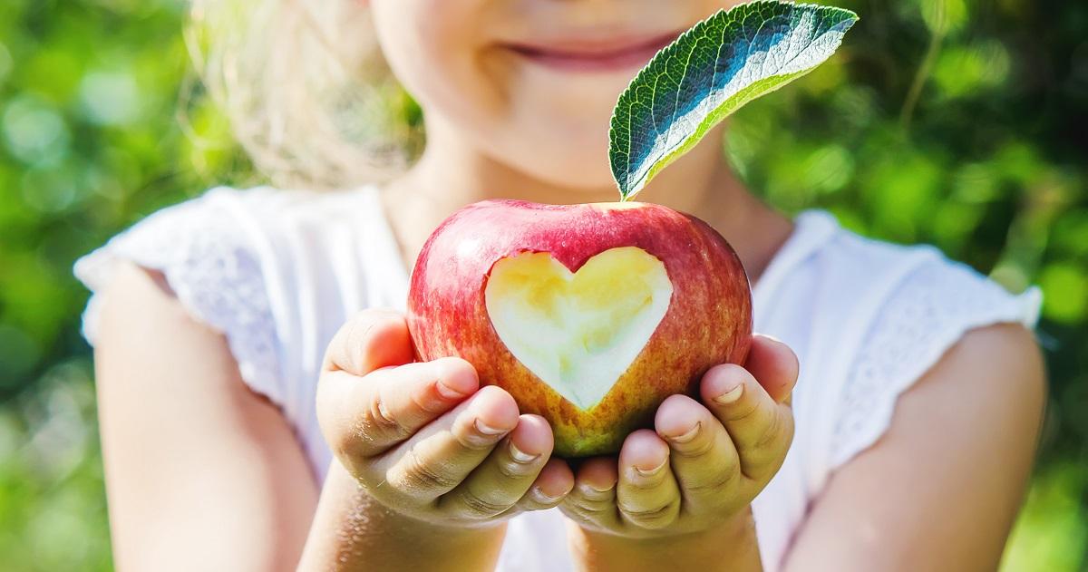 逆境や困難に対応する力「レジリエンス」――子どものメンタルが強くなる4つの習慣