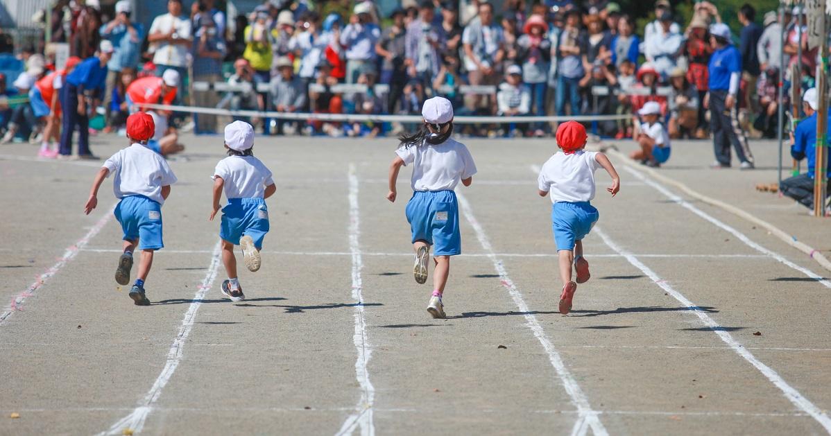 """体育指導の専門家が教える! かけっこがすぐに速くなる3つのコツと """"魔法の言葉かけ"""""""
