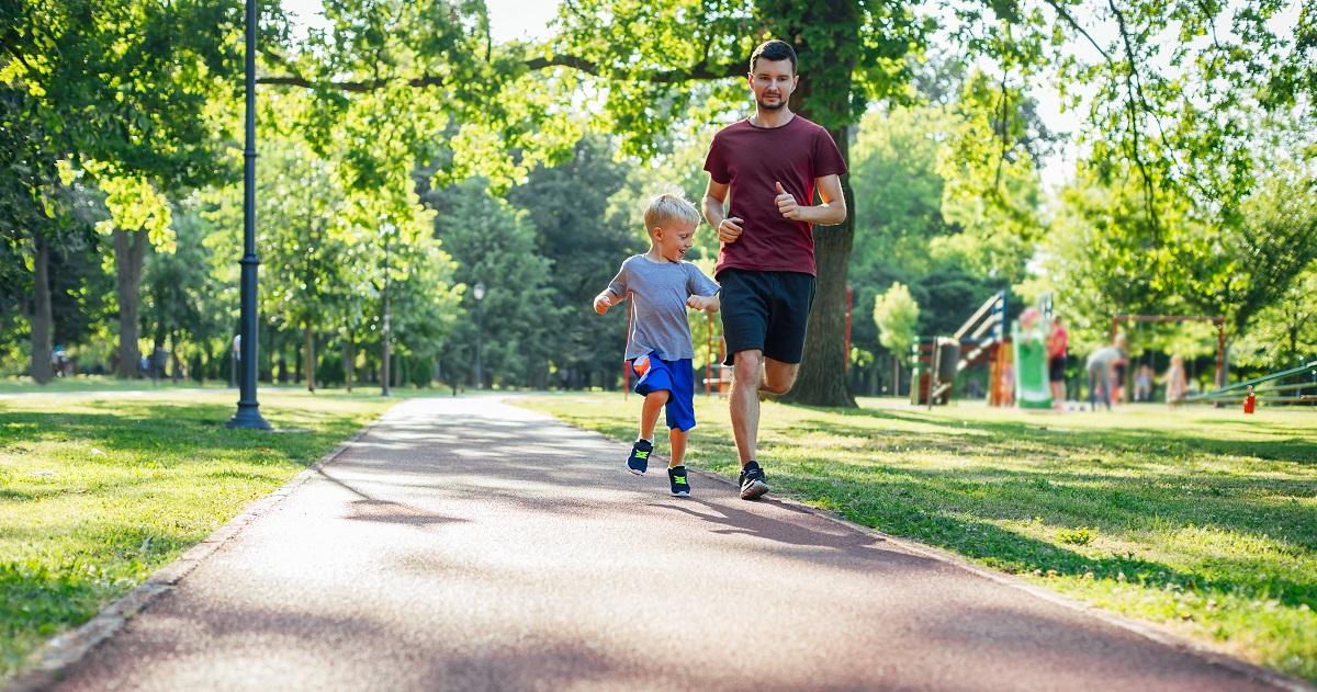 体力スコアの高い子どもほど成績優秀。体力をアップさせる健康三原則を取り入れよう!