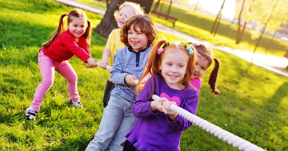 「ボール遊び・木登り禁止……」そんな窮屈なルールなし! 子どもの主体性を育む「プレーパーク」に行こう