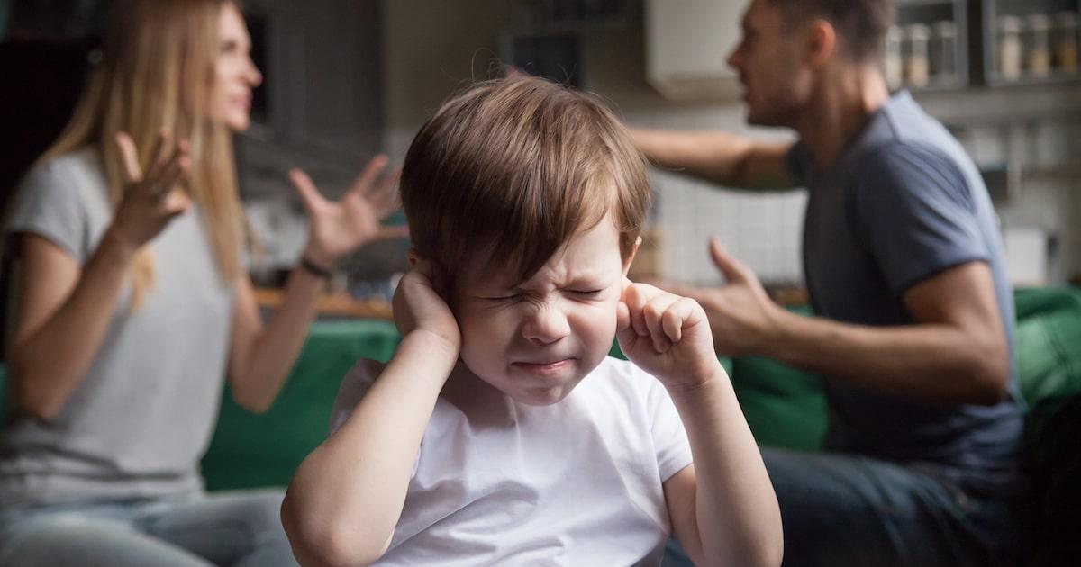 """脳が変形するって本当!? 子どもの脳を傷つける """"親のNG行為"""""""