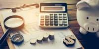 「子育て費用」の総額は22年間でいくらになる? 調査結果をもとに計算してみた。