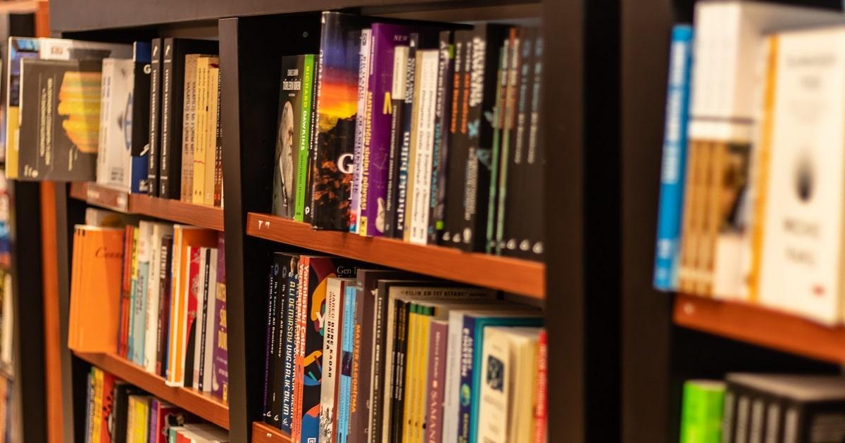 子どもが本好きになる本棚の作り方06