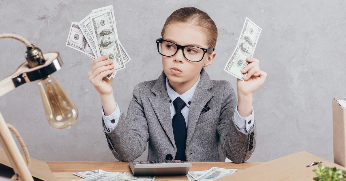 将来会社に飼い慣らされる!? 子どもに「毎月お小遣いをあげる」のはリスクだらけだった