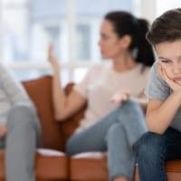 「子どもの嘘」の原因は「親の嘘」かも。子どもが親を信用しなくなる怖い嘘