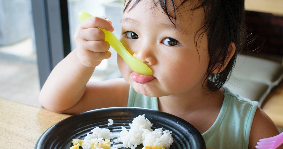 【年齢別】「子供がご飯を食べない!」原因と対処法。好き嫌い・小食・偏食はいつ治る?