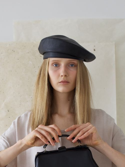[AWESOME NEEDS] CLASSIC BERET(LEATHER BLACK))