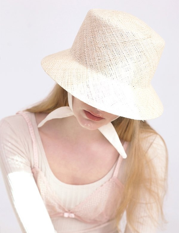 [AWESOME NEEDS] NATURAL SQUARE BUCKET HAT