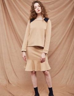 [A BY A] Square neck collar sweat shirt [Beige]