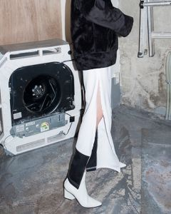 [B ABLE TWO] Zipper Detail Coloration Track Pants [WHITE]