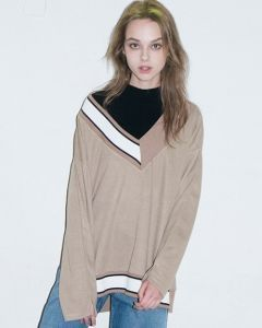 [B ABLE TWO] Half Lip Detail Knit [BEIGE]