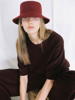 [AWESOME NEEDS] LAMBS WOOL SQUARE BUCKET HAT [BURGUNDY]