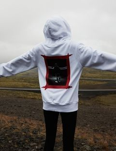 [VUIEL] UNISEX ATTENTION HOODIE [WHITE]