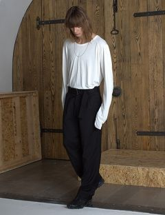 [VUIEL] MAN BELTED TWO-TUCK WIDE TROUSERS ( WOOL )_BLACK