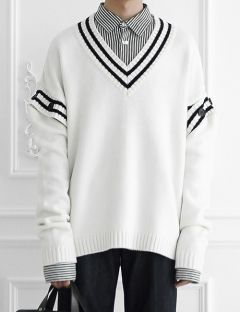 [ulkin] [2차리오더]UL:KIN COLLECTION LABEL_BUTTON SLEEVE V-NECK KNIT PULLOVER [IVORY]