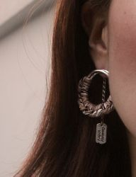 [AUGUST HARMONY] Bliss check round earring [Brown]