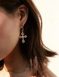 [AUGUST HARMONY] Christin earring [Gold]