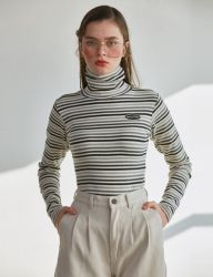 [SCULPTOR] C-LOGO STRIPE TURTLENECK [IVORY,PINK,NAVY,BROWN]