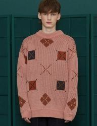 [UNALLOYED] SQUARE ARGYLE KNIT / PINK