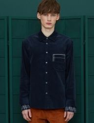 [UNALLOYED] SLEEVE LAYERED CORDUROY SHIRT [NAVY]