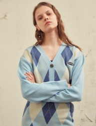[SCULPTOR] C-LOGO ARGYLE CARDIGAN [LIGHTBLUE]