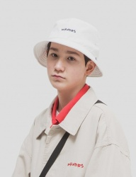 [WKNDRS] WKNDRS BUCKET HAT [WHITE]