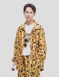 [WKNDRS] LEOPARD COACH JACKET [YELLOW]